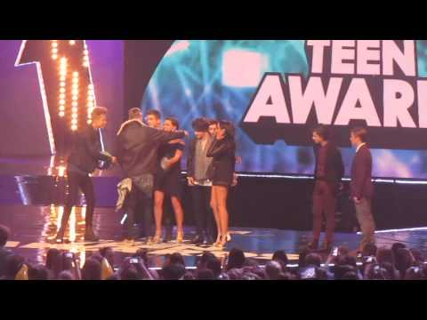 Best British Breakthrough Act @ BBC R1 Teen Awards 2014