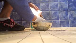 Fix it Friday! Cleaning mold and mildew off grout