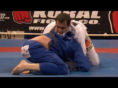 "Bernardo Faria VS Rodrigo ""Comprido"" Medeiros / World Championship 2009"