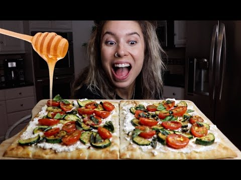 COOKING WITH KRISTEN! | Ricotta & Honey Flatbread