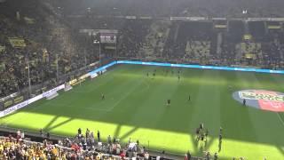 BVB - FCB 1:1 - 04.05.2013 - Einlauf der Spieler - Aida - Südtribüne