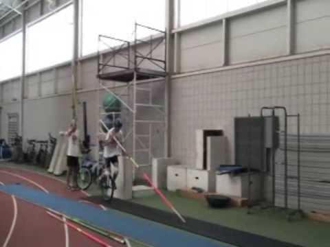 unicycle pole vault