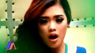 Elsasa - Kau Patahkan Hatiku (Official Music Video)
