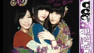 http://zoome.jp/Perfumesaikou/diary/1.