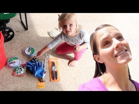 KIDS HELP MOM GET YARD READY FOR SPRING AND SUMMER | GARDENING QUESTIONS