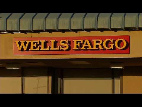 Multan a Wells Fargo