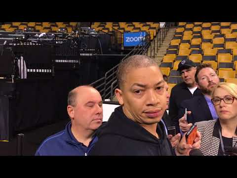 Tyronn Lue's shortcomings key in Game 1