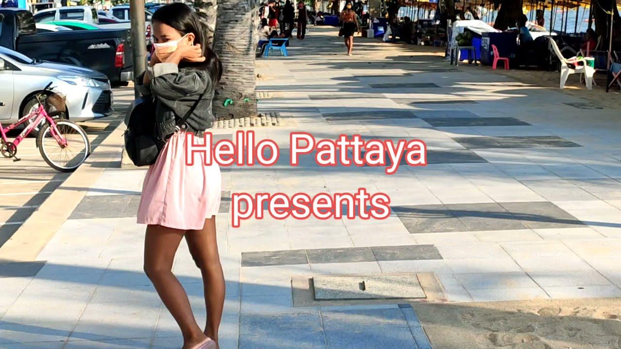 Pattaya Jomtien, Ladies Walk Looking! (28sept 2021)