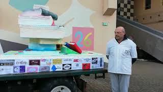 Omegna, carro solidale del pasticciere Luca Antonini