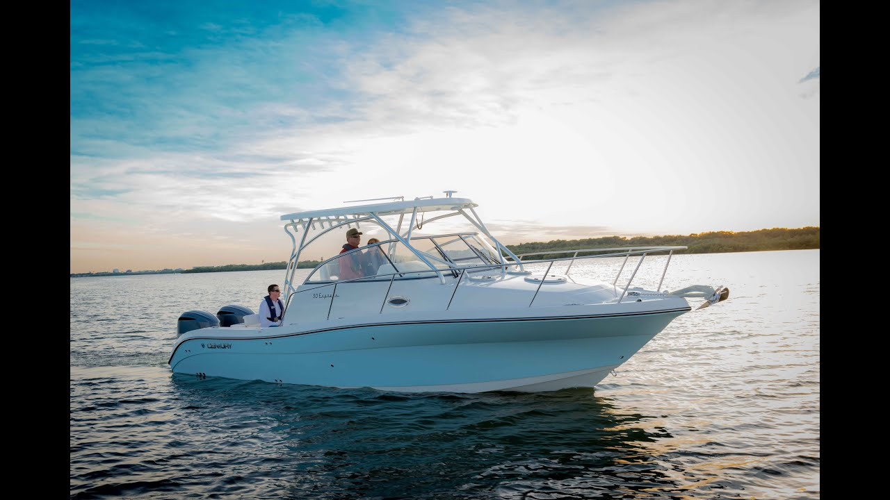 Century Boats 30 Express Walk Around Boats Outboard