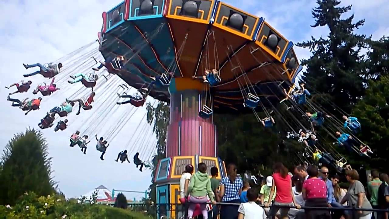Chaises volante walibi belgium youtube - Chaises design belgique ...