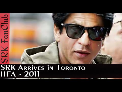 Fans go Crazy at the Arrival of Shah Rukh Khan in Toronto for IIFA 2011 | SRK |