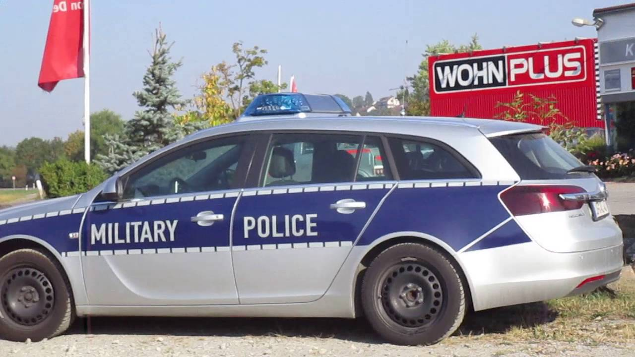 us military police in deutschland youtube. Black Bedroom Furniture Sets. Home Design Ideas