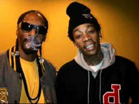 Wiz Khalifa & Snoop Dogg - Young, Wild, & Free (download)