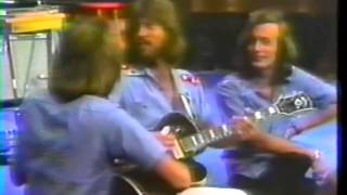 Bee Gees - Bye Bye Love - acoustic LIVE @ Soundstage Chicago 1975  13/19