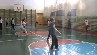 Урок физической культуры в 5 классе