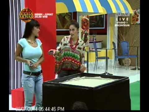 [ANTV] Pesbukers 7 Agustus 2014, Jupe Diramal Dengan Lukisan Pasir