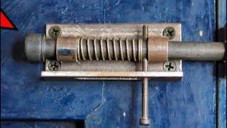 HOW TO MAKE AUTOṀATIC DOORLOCK | DIY AUTOMATIC DOOR LOCK | METAL WORK