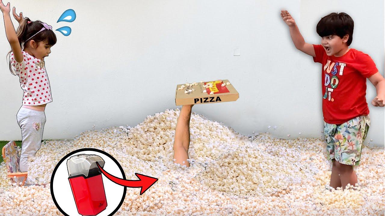 O Chão Virou Um Mar de Pipocas | The Floor is Popcorn