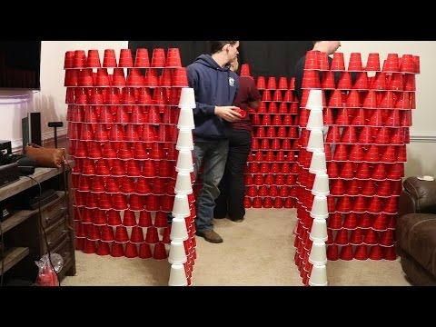 OMG! INSANE CUP FORT
