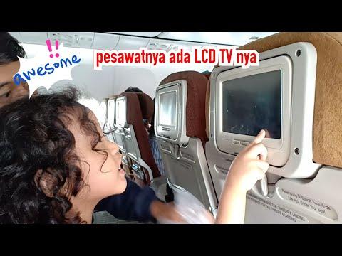 vlog-perjalanan-naik-pesawat-garuda-yang-ada-lcd-tv-nya-dari-lampung-ke-surabaya