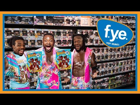 TOY HUNT!!! A NEW DAY IN FYE!! WWE WRESTLING ACTION FIGURE FUN #102