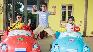 Kids Go To School | Chuns and Best Friends Play Sand Rainbow Happy Children's House Toys City