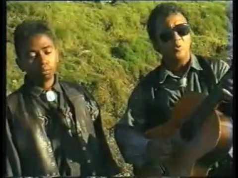 RAMBAO  -   Hazo fijaliana  (  Official Video Malagasy )