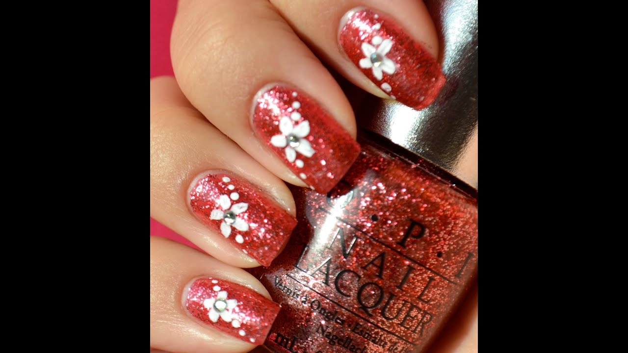 Simple Nail Art: Glitter Nails With Simple Flower