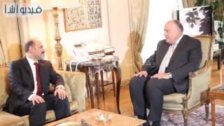 بالفيديو : وزير الخارجية يستقبل رئيس تيار الغد السوري أحمد الجربا