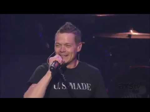 3 Doors Down - Landing in London (Live)