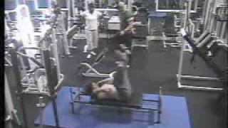 Funny video at the gym Thumbnail