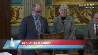 Sen. Meekhof honors Carol Cukier for her service to the Michigan Senate