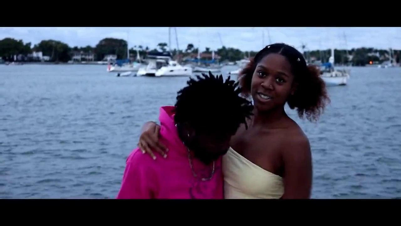 Tabizzle Vlogs - Mijeezas! (Official Music Video)