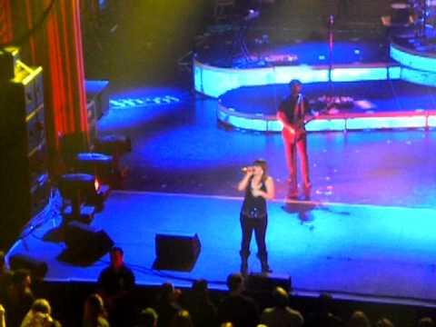 Kelly Clarkson - Gone (Majestic Theatre, San Antonio)