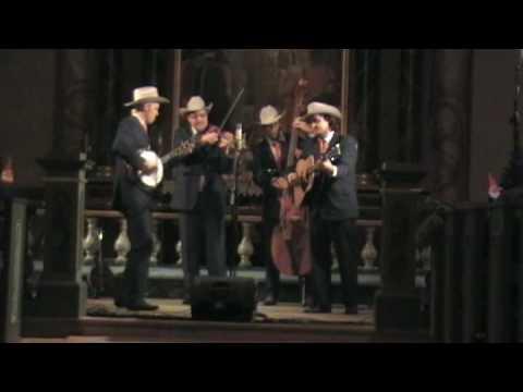 05 Blue Mountain Boys - Silent Night/JingleBells