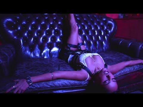 Becky G - Mayores (Jennifer Lopez, Dua Lipa, Shakira, Samantha J)