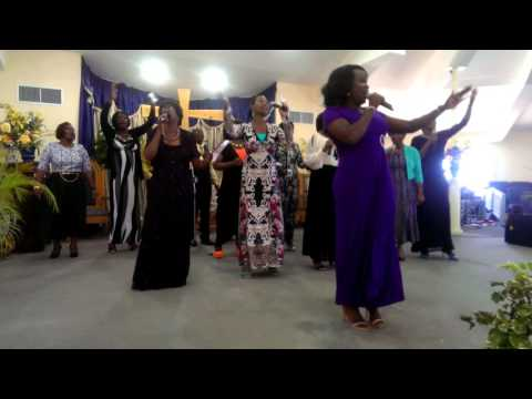 How He Loves Us Cover by Datricia Morton and EBCOG Choir.