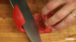 How to Core a Toṁato - CHOW Tip