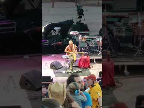Xavier Rudd - Red Rocks 2018 - Feet on the...