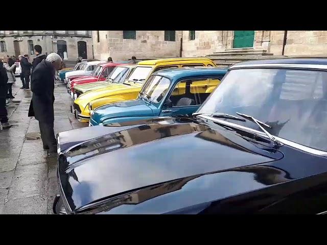 Concentración de coches antiguos en Lugo