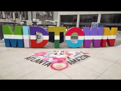 Amazon Treasure Truck + GA Chalk Artists Valentine's Day Surprise + Delight at The Square