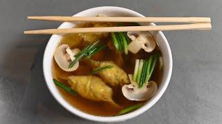 Вонтон-суп с креветками. Битые огурцы по-китайски
