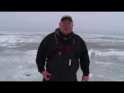 MidWest Outdoors TV Show #1666 - Tip of the Week with Brad Hawthorne on Ice Fishing Tactics