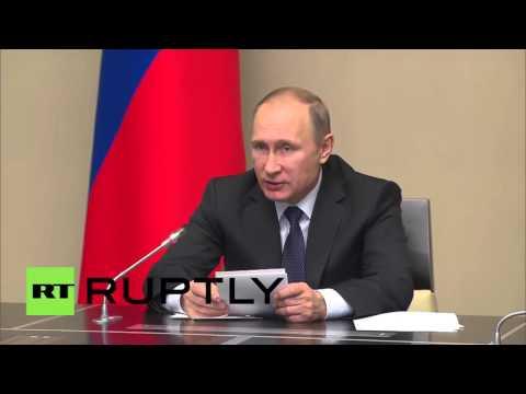 Russia: Putin praises Russian troop's 'professional manner' after Crimea drills