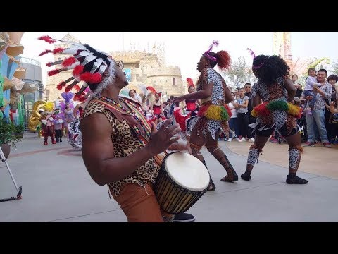 #XinhuaLive: Nigerian teaching African drum djembe in Beijing, China