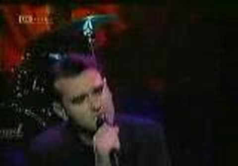 Morrisey - The More You Ignore Me The Closer I Get (TOTP)