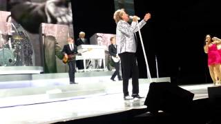 Rod Stewart   This old heart of mine   Live at The Hydro, Glasgow   30 09 13