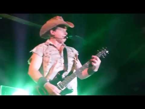 Ted Nugent - Fred Bear (Houston 07.15.16) HD