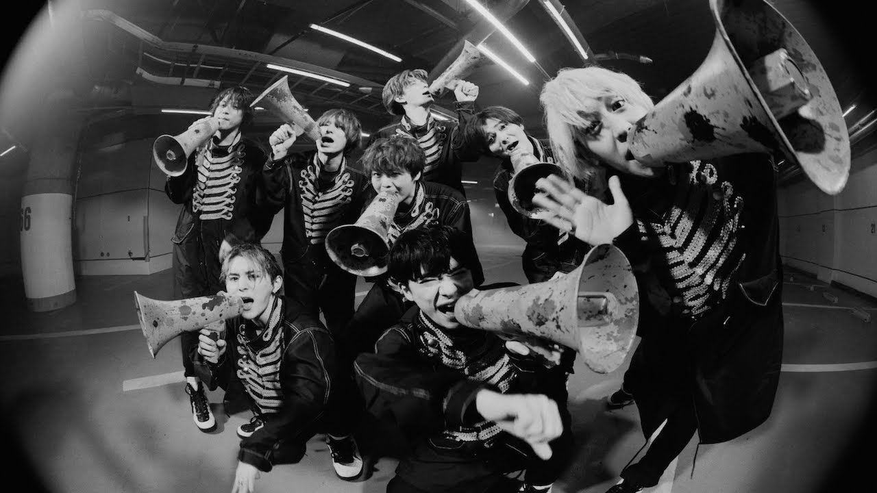 Hey! Say! JUMP - 群青ランナウェイ [Official Music Video]